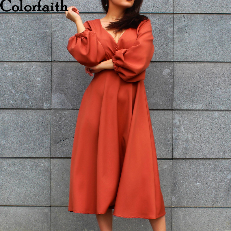 Colorfaith New 2018 Women Dresses Autumn Spring Vintage Square Collar Female Long Dresses Retro Buttons Women Clothing DR3070