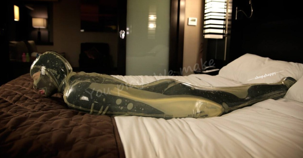 I Put My Sub Girl In A Latex Vacuum Bed