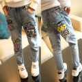 2016 new spring and autumn clothing Girls Jeans Children all-match leisure straight jeans Korean cartoon graffiti trousers