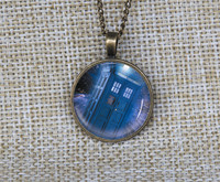 Wholesale Fashion Doctor Who Necklace Custom Pendant Dr Who Tardis Space Police Box Long Chain Necklace
