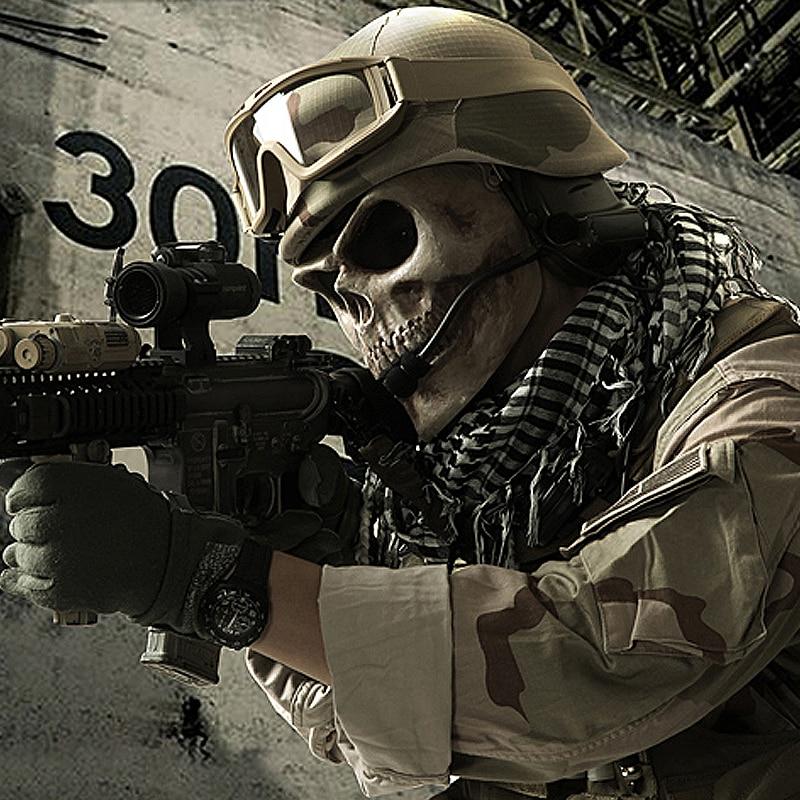 конечно, картинки солдата с черепом несколько трактовок