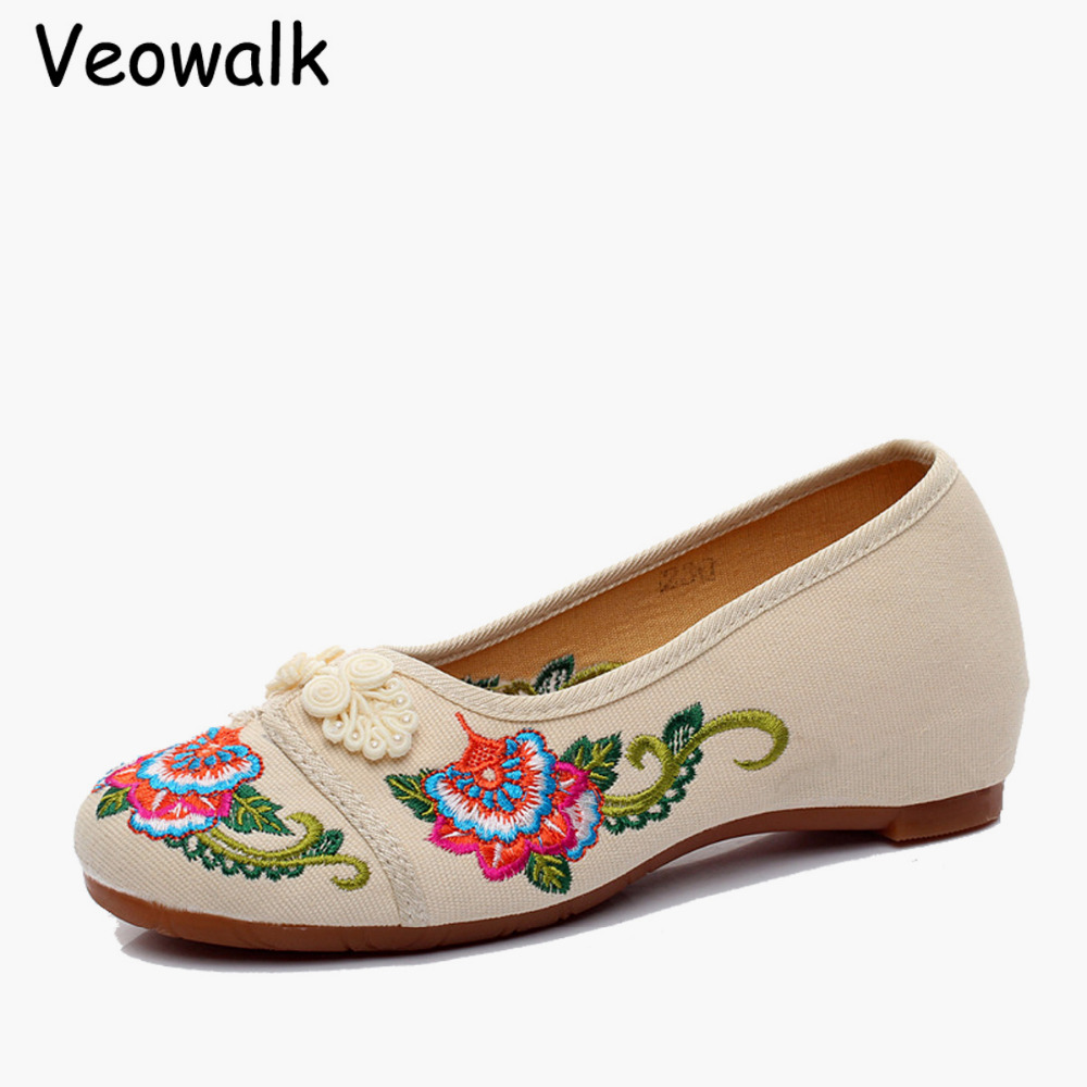 Veowalk 2017 New Spring Chinese Style Old Peking Flower Embroidery Shoes Mary Janes Flats For Retro Cheongsam Dress Casual Shoe vintage embroidery women flats chinese floral canvas embroidered shoes national old beijing cloth single dance soft flats