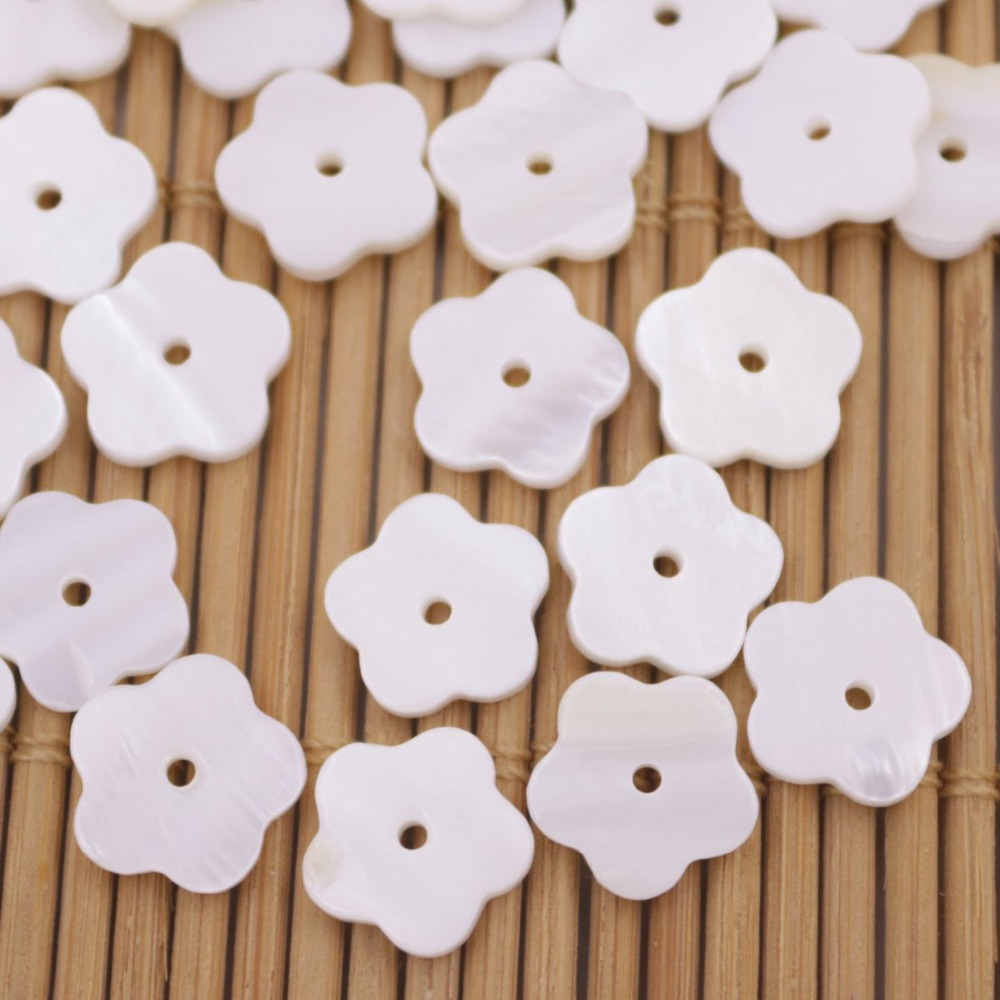 Купить с кэшбэком 50 PCS 10mm Flower Shape Shell White Mother of Pearl Loose Beads Jewelry Making