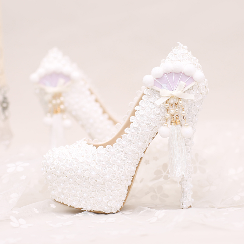 lace fresh and sweet flowers pearl fan tassels bridal shoes high heels wedding dresses shoe toasts wedding party shoes women sweet wedding shoes ivory white pink flowers lace platform high heels pearl beading bridal dress party shoes for woma