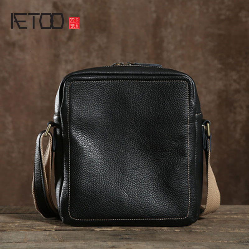 AETOO Original men's first layer of leather shoulder bag retro leather twist handmade fashion casual men bag aetoo spring and summer new leather handmade handmade first layer of planted tanned leather retro bag backpack bag