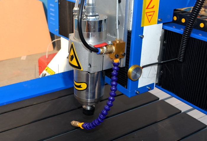 2.2kw water cooling spindle of 6090 cnc advertising machine