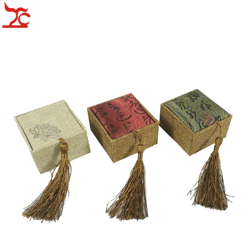 Luxury Tassel Linen Ring Storage Box Rectangular Retro Flax Screen Calligraphy Lotus Ring Organizer Display Gift Box 6.5*6*4cm
