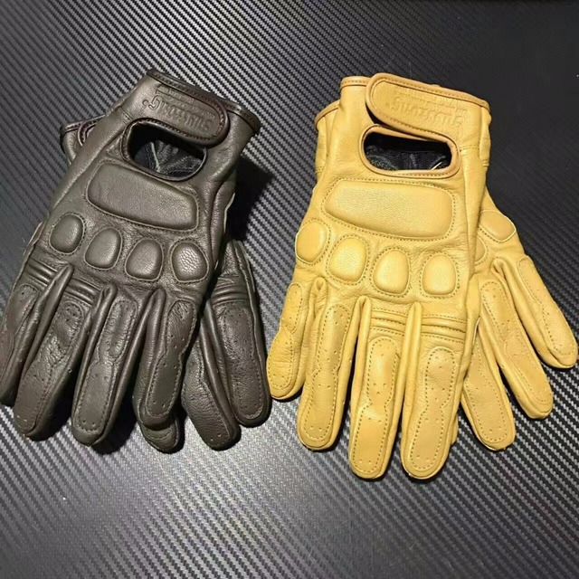 vintage gloves Leather