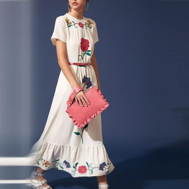 D'été Courtes cou 2019 Midi Floral Designer Femmes Piste Soie Plissée De Manches Broderie Mousseline Vaction Bohème À En Robe O zYxdw1xq