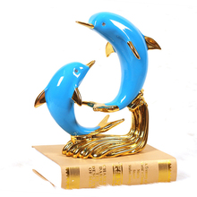 Creative resin dolphin lover Design statue home decor crafts room decoration objects wedding parlor figurines love souvenir gift