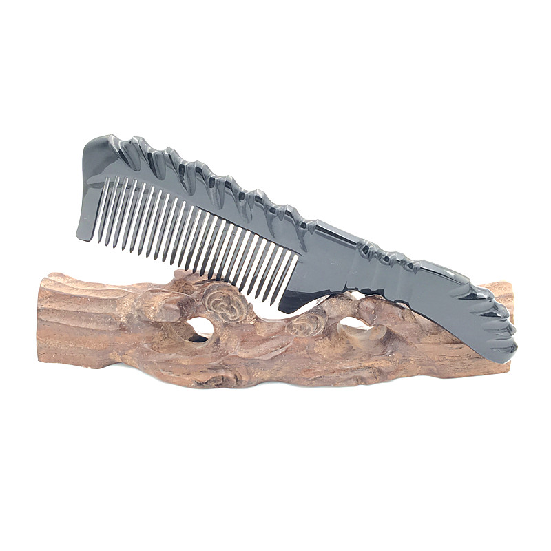 Hand-made Boutique Carved Natural Buffalo Horn Comb Professional Hair Brush Easily Brush Hair with Free Velvet Pouch L-148