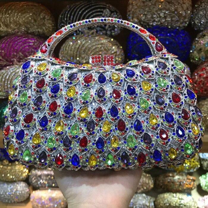 Parti Sacs Luxe Embrayages Femmes color Strass Color Boîte Mariage Same De Sac Bourse Pictur Chaîne À Cristal Soirée Forme Rouge Main As wg8pqvx