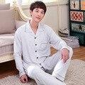 Dos homens da Qualidade superior Pijama Primavera Outono Manga Longa Sleepwear Cardigan Pijamas Salão Conjuntos de Pijama de Algodão Branco Plus Size 3XL 145