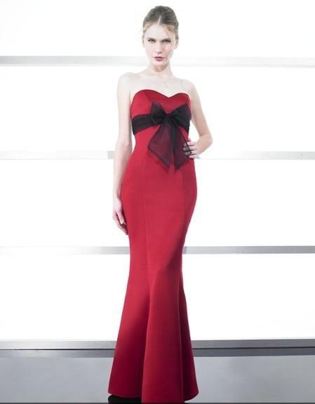 Livraison gratuite 2015 fille robe fête mariages satin/tulle sirène chérie dos ouvert étage longueur arc rouge robe de demoiselle d'honneur