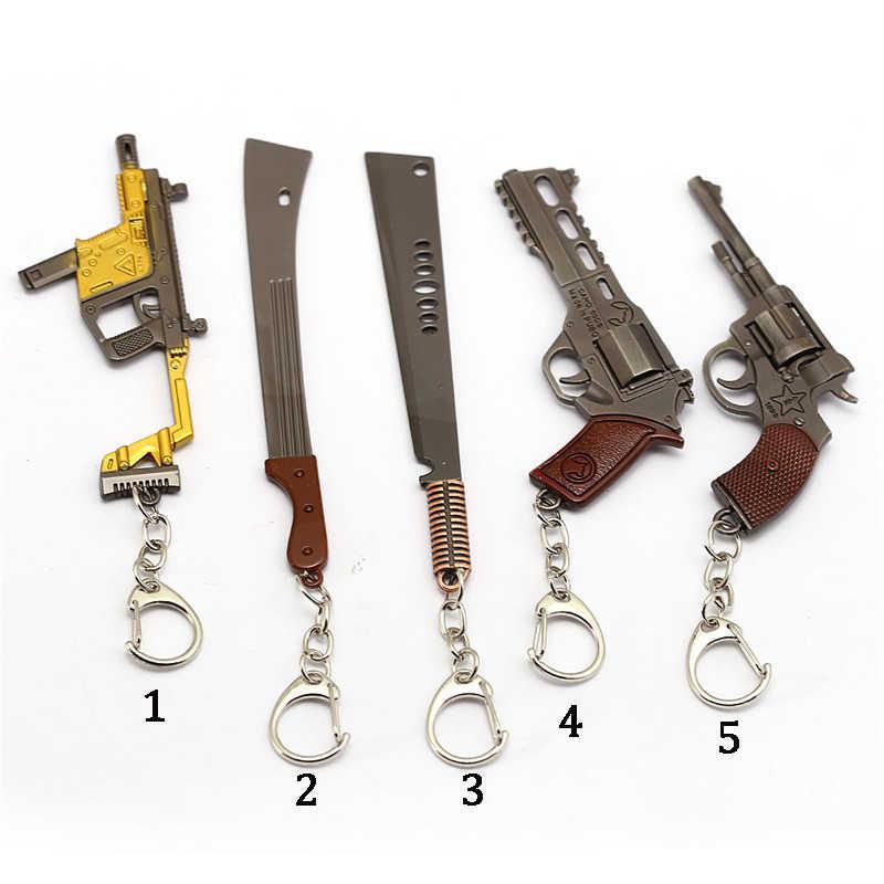 เกม Pubg 12 เซนติเมตรพวงกุญแจ 5 รุ่น M4A1 AK47 ปืนพวงกุญแจโลหะ Revolver แหวนของที่ระลึกผู้ชายของขวัญ Porte Clef chaveiro llaveros