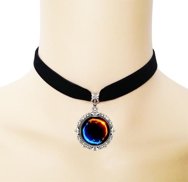 Vintage Ice And Fire Yin Yang Dragon Necklace Glass Cabochon Pendant Black Velvet Ribbon Collar Choker