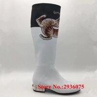 Beyaz Yumuşak Deri Hayvan Baskılar Aplikler Kadın Diz Yüksek Çizmeler Inci Yığılmış Blok Yüksek Topuklar Bota Feminina Bayanlar Ayakkabı Kadın