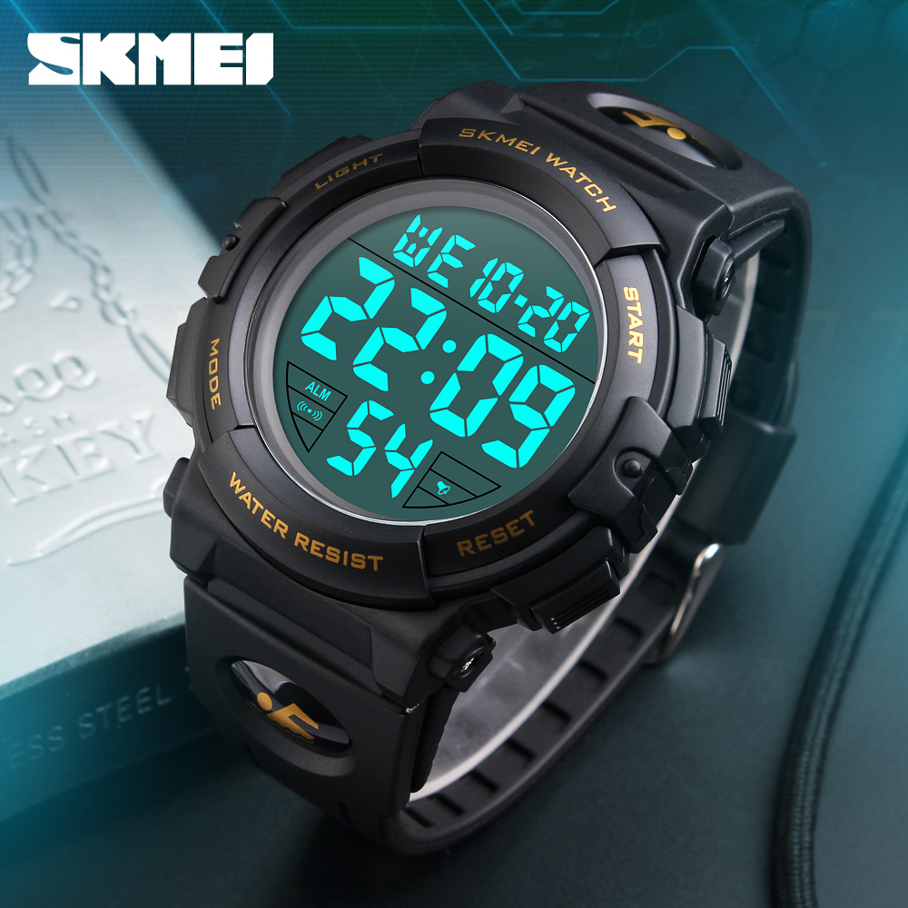 Hot SKMEI Brand Luksus Sportsur Menn Menn Outdoor Fashion Digital Watch Multifunksjon LED Armbåndsur Man Relogio Masculino