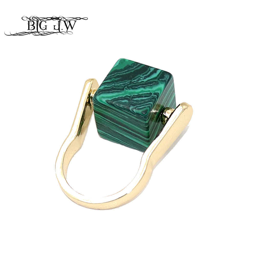BIG J.W Fashion 3 Colors Square Stone Finger Rings Fashion Personalized Gold Color Zinc Alloy Ring For Women Elegant Jewelry