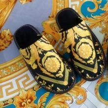 Высокое качество Европейский роскошный новый дизайн 2019 мужские и женские домашние костюмы для спальни зимние теплые вельветовые Нескользящие тапочки