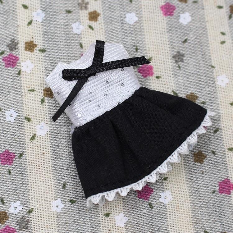 Petite Blythe Doll Dress 3