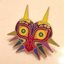 цены The Legend of Zelda Brooches Majoras Mask Pins Game Jewelry,the 14K Gold Enamel Majoras Mask Kolye Brooch Pins