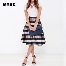 Elegantní pruhovaná lesklá sukně