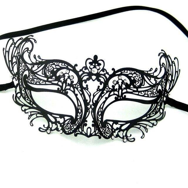 Black Laser Cut Venetian Masquerade Metal Filigree Masks Woman Fashion Transparent Rhinestones Wedding Halloween MA003