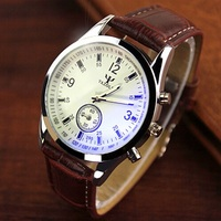YAZOLE Watch Men Watches 2016 Top Brand Luxury Famous Wristwatch Male Clock Quartz Watch Business Quartz