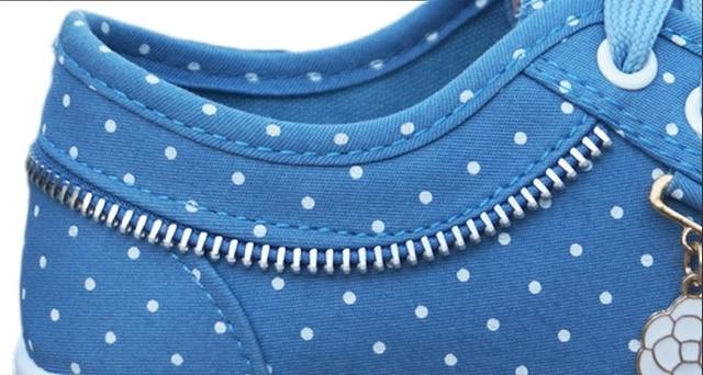 Blue Dot Tennis Shoes 3