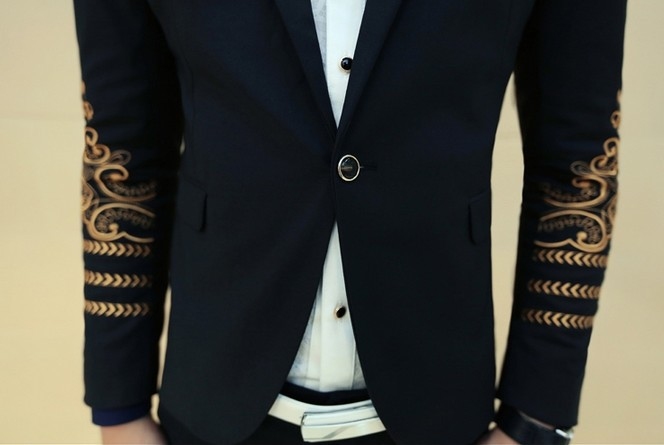 New 2015 Luxury Brand Royal Dress Jackets For Men Prom Suits Black And Gold  Blazer Men Suit Jacket Embroidery Jaquetas Masculina-in Suits from Men s ... 3f7be4c6b0ba