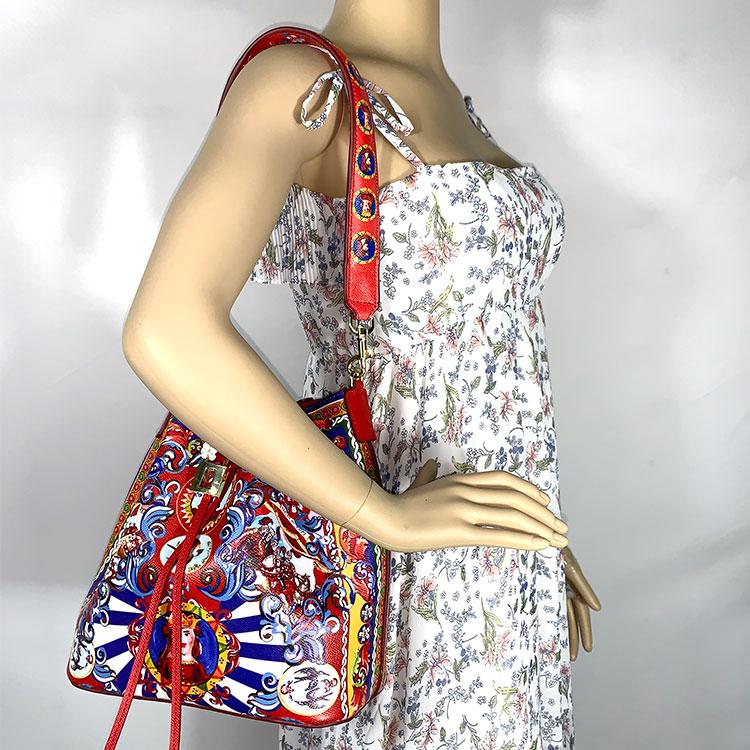 Marque sacs à bandoulière en cuir véritable sort couleur amovible doublure seau sac de luxe sac à main femmes sacs Designer 2018 fourre-tout