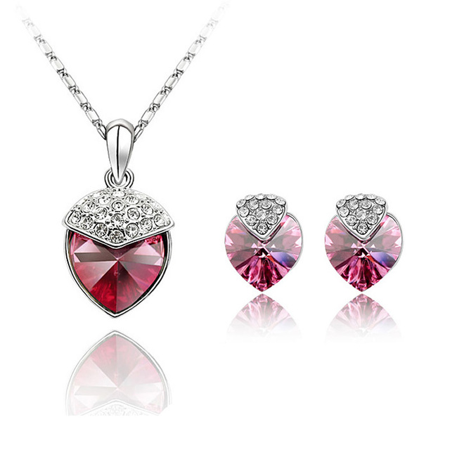 Made With Swarovski Element Fashion Jewelry Set Love Heart Necklace Pendant Stud Earrings Sets For Woman