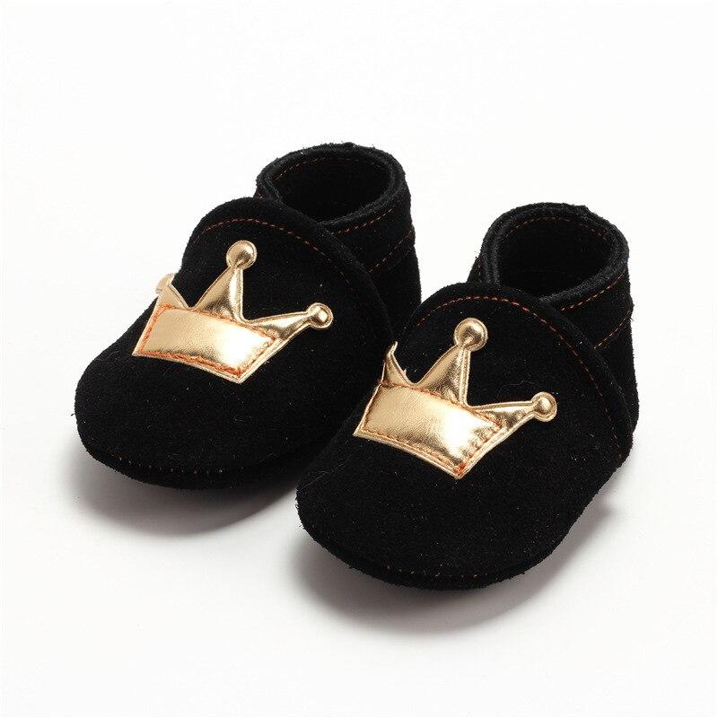 94fe2b9db الكلاسيكية عارضة طفل الوليد الطفلات الصبي ربيع الخريف حقيقي جلد الغزال لينة  سوليد prewalkers مكافحة زلة الأحذية