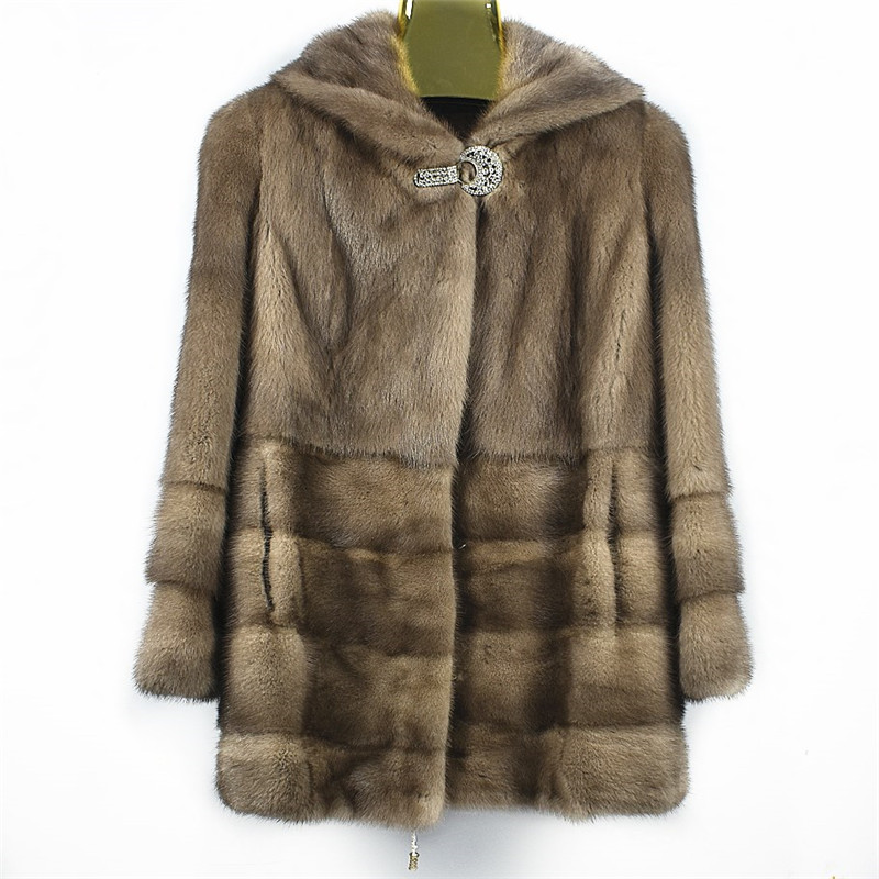 2018women's new natural mink fur clothing Cap with mink jacket coat Suitable for autumn and winter seasons Warm fashion Europea