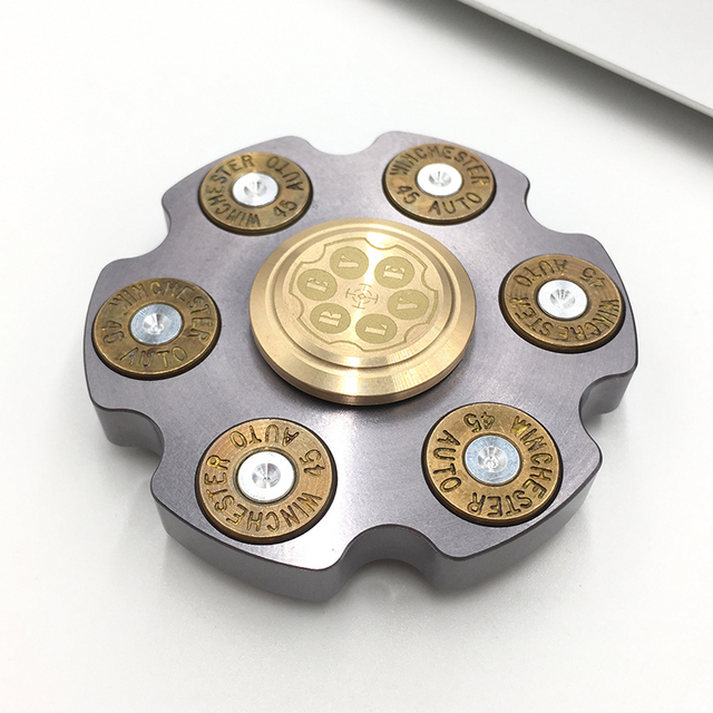 Creative Design Revolver Fingertips Gyro Stainless Steel Disc Hand Spinner Metal Finger Stress Spinner