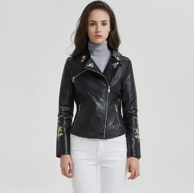The new 2019 spring and autumn embroidered   leather   jacket lapel Slim female short paragraph PU motorcycle jacket short jacket