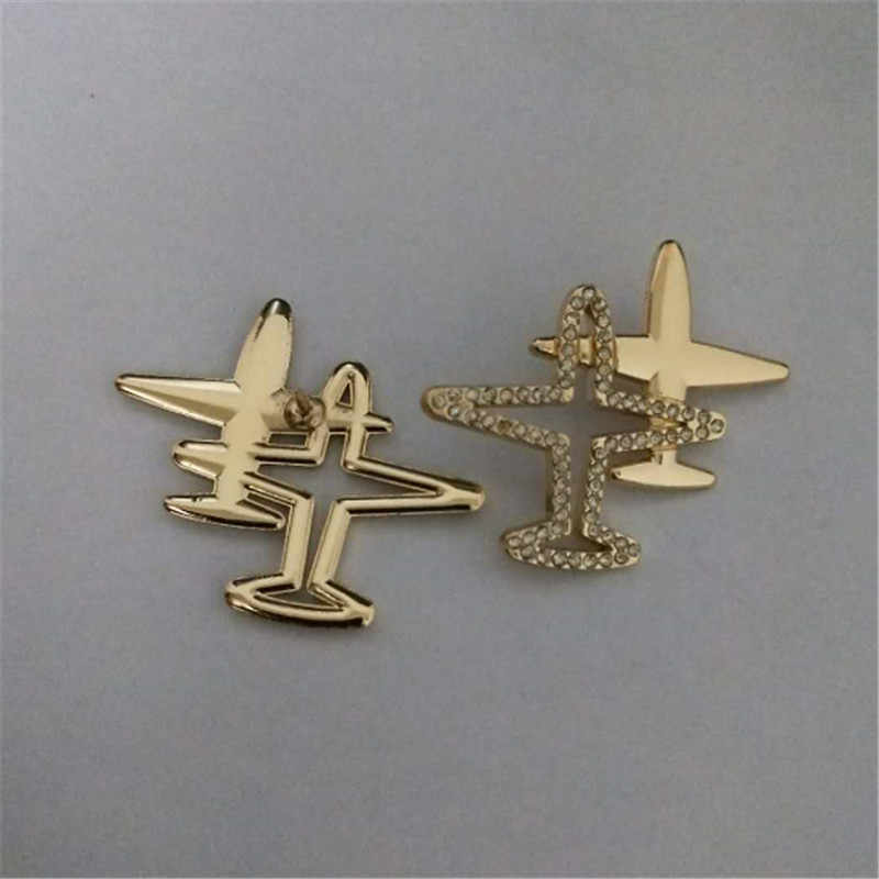 26e4716470 Fashion Stripe Aircraft Rhinestone Double Airplane Brooch Jewelry Enamel  Pin Shirt Denim Collar Lapel Badges on a backpack Gifts