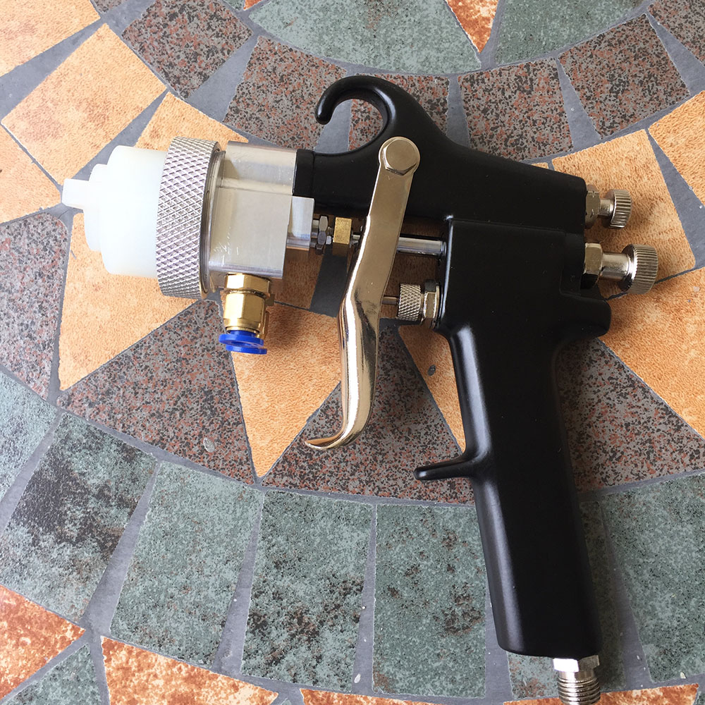 цена на SAT1182 Professional High Pressure Air Paint Spray Guns Airbrush professional spray gun golden automotive car painting airbrush