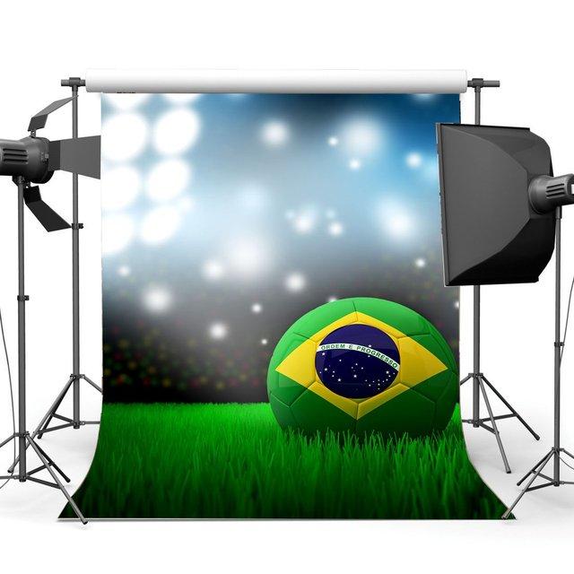 サッカーフィールド背景スタジアムボケグリッタースパンコールシャイニング舞台照明緑の草草原の写真撮影の背景