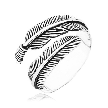 Adjustable Resizable Feathers Women rings 1