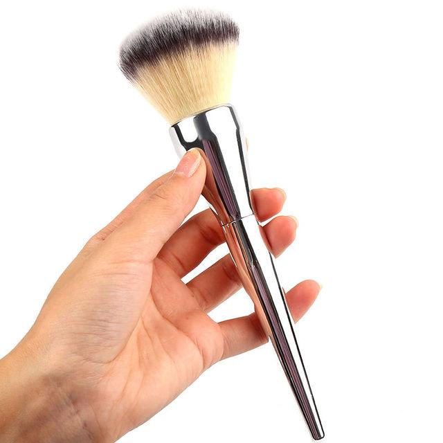 1 PC Hot Vrouwen Lady Beauty Gezicht Blush Powder Foundation Oogschaduw Zilveren Handvat Cosmetische Grote Borstel Makeup Tools