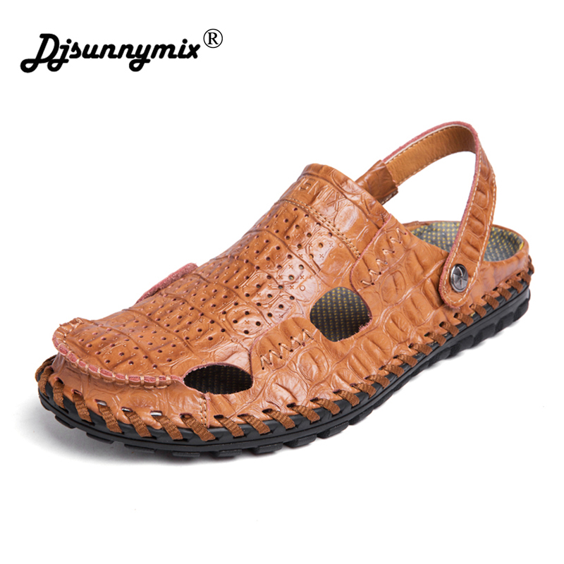 DJSUNNYMIX NEW High Quality Men Sandals Genuine Leather England Style Male Sandals Crocodile pattern cow Leather Sandals