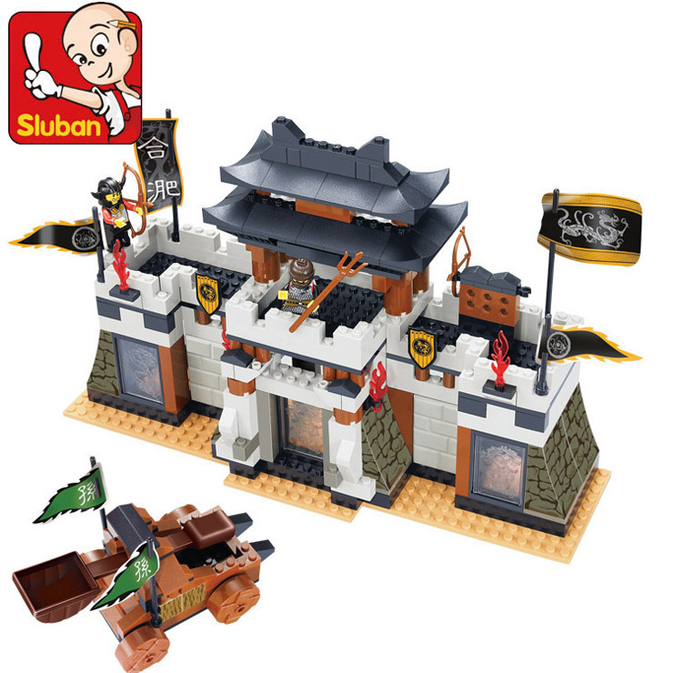 Sluban model building kits compatible with lego city castle 944 3D blocks Educational model & building toys hobbies for children skullies