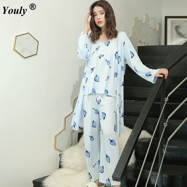 2019 Sring Summer female print cute 3 pieces Floral pajamas sets women sexy floral cotton Sleepwear bathrobe pyjamas Pants suits