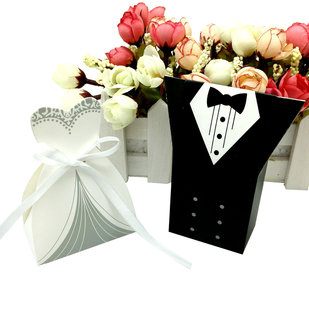 100pcs lots bride and groom wedding candy box gift favour boxes wedding bonbonniere event party. Black Bedroom Furniture Sets. Home Design Ideas