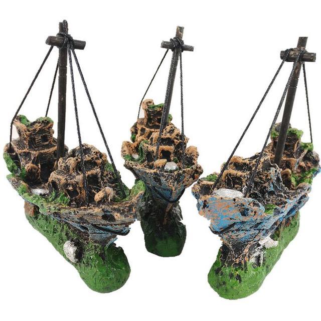 Sunk Pirate Ship Aquarium Decoration Landscaping Ornament For The