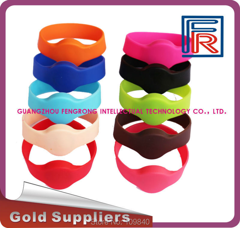 100pcs rfid 125khz wristband with EM chip,Proximity waterproof silicone bracelet for access control/swimming pool/fitness/event купить