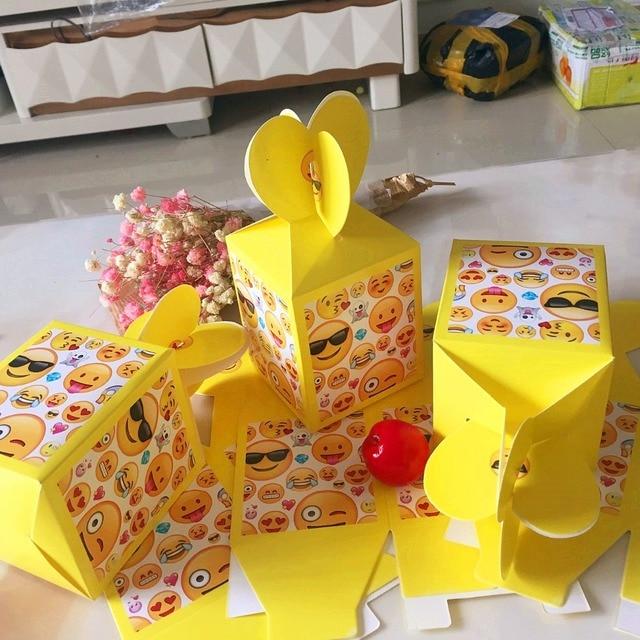 12pcs Cute Emoji Candy Box Gift Cartoon Theme Kid Boy Birthday Party Supplies Decoration