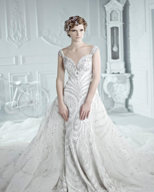 2016 Luxurious Wedding Dresses Michael Cinco Swarovski Crystal Cathedral Train Backless Vintage Princess Gowns